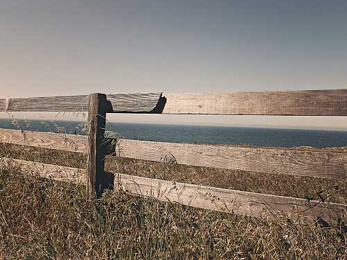 An old fence. A crossing over point. Courtesy of gratisography.com